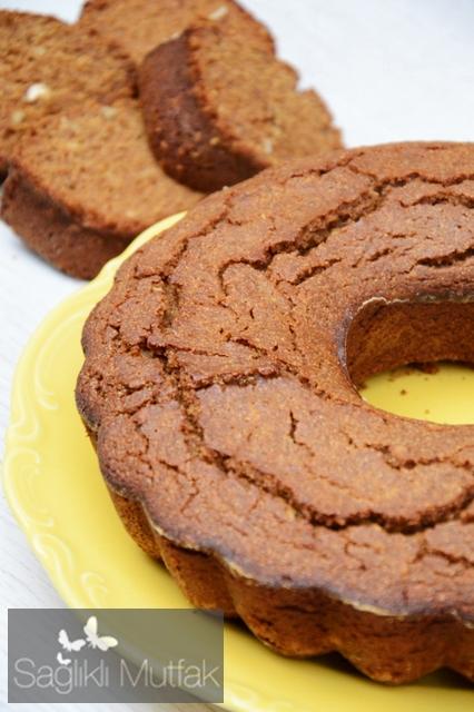 karabuğday unlu, pekmezli, cevizli  kek