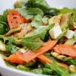 ızgara sebzeli roka salatası